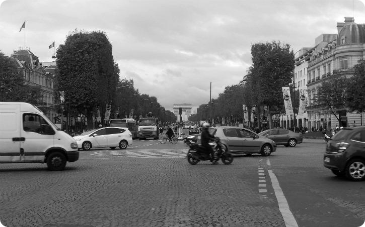 Mod Triumfbuen - Paris