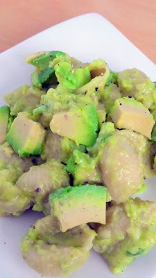 Green Mac and Cheese for St Patricks: Avocado Mac and Cheese