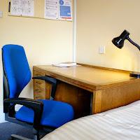 Room I-desk