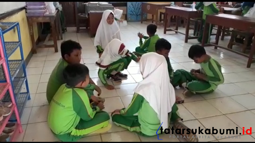 Siswa Siswi SDN Kadudampit Kabupaten Sukabumi (17/9/2018) - Isep Panji