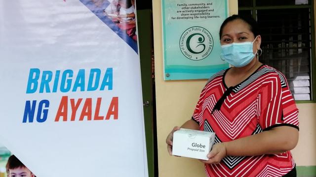 6,000+ public school teachers get connectivity support from Ayala & Globe