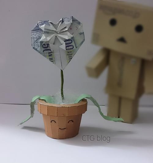 Hướng dẫn xếp mô hình giấy Chậu cây trái tim xương rồng