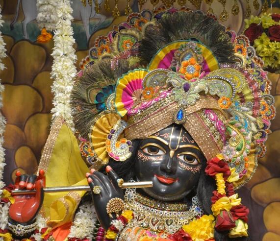 ISKCON Hare krishna mandir Ahmedabad 11 Dec 2016 (4)
