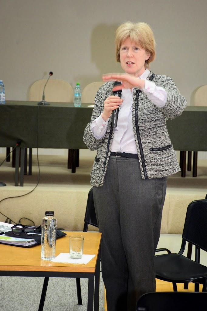 Antonia Tully - Educatia sexuala in Marea Britanie 050