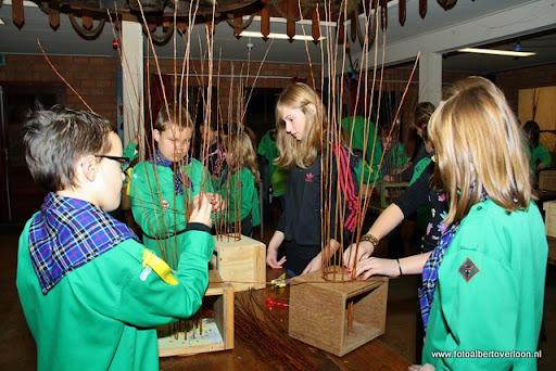 creatief vlechten met wilgentenen Scouting overloon  (14).JPG