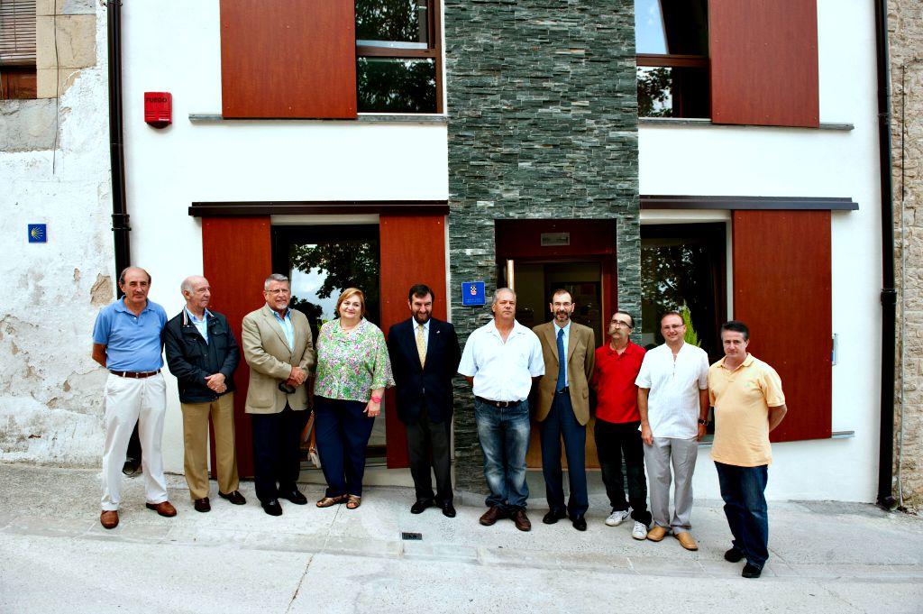 Inaugurado el albergue de peregrinos de Tiebas, en la Ruta Jacobea