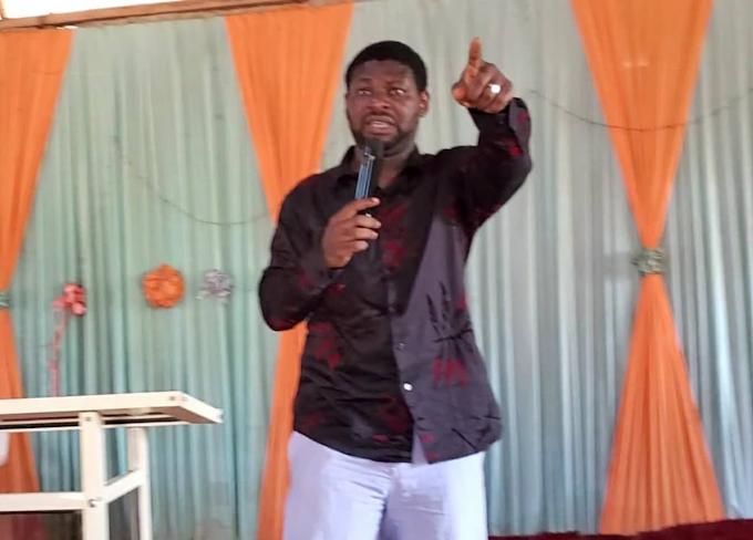 COVID-19 Vaccine: Buhari, Osinbajo Took Malaria Injections – Nigerian Pastor Claims