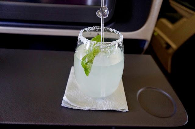 香水のアルコール濃度は何度(何パーセント)か調 …