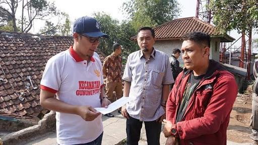 Walikota Sukabumi, Ahmad Fahmi Kunjungi Rumah Warga Asal Sukabumi yang Hilang Kontak Pasca Gempa dan Tsunami di Donggala