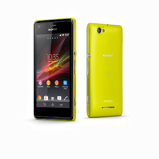 11_Xperia_M_Group_Yellow.jpg