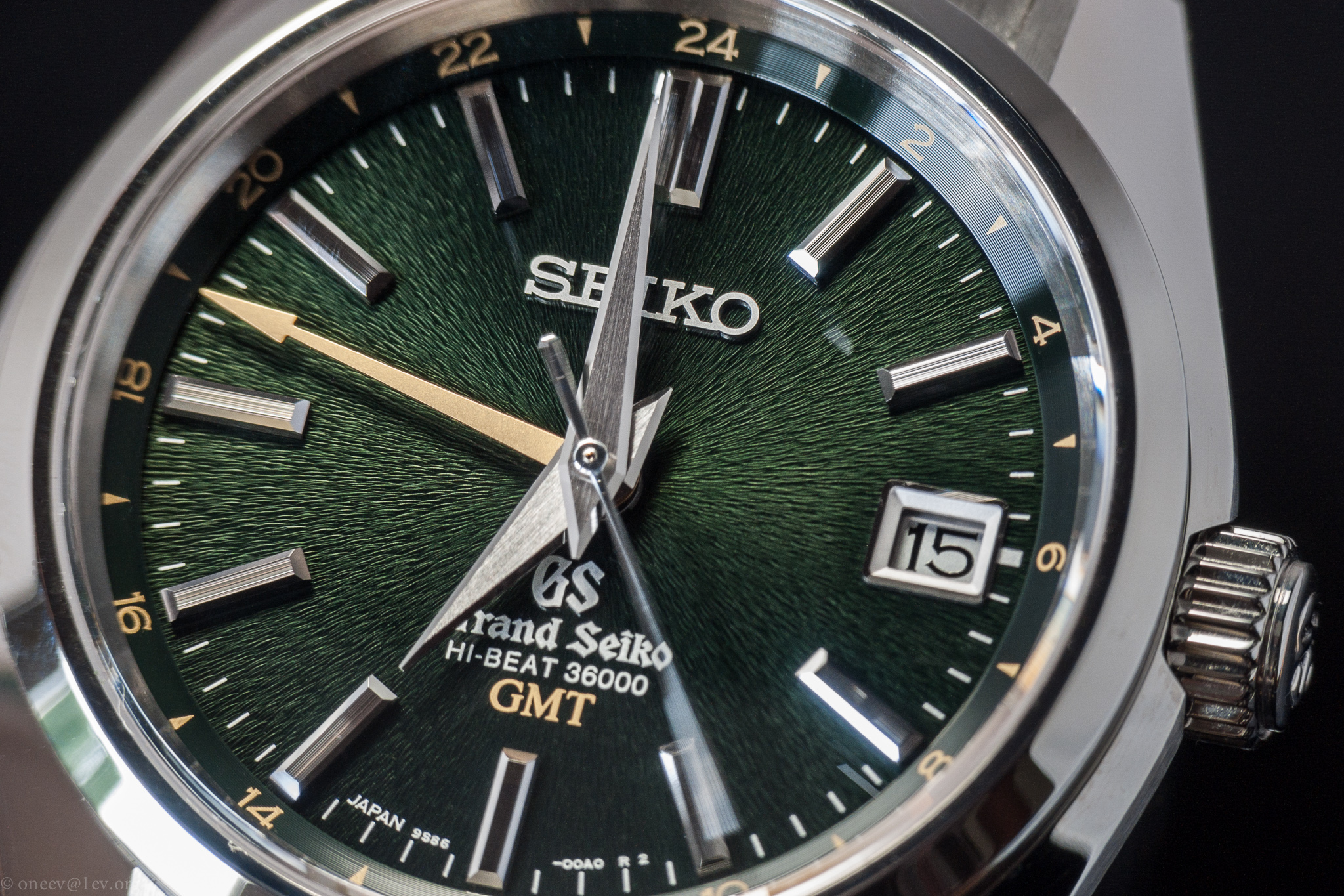 Revue illustrée de la Grand Seiko GMT Hi-Beat SBGJ005 20140915-CRW_2988