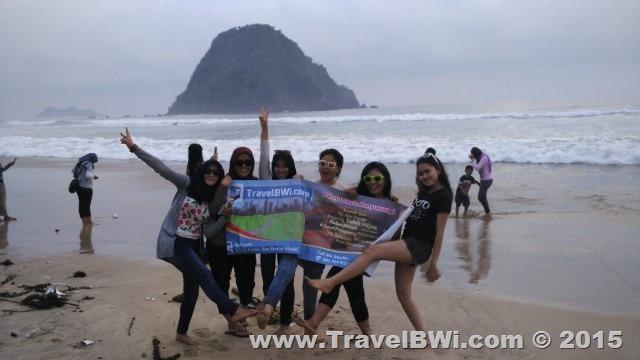 Paket Wisata Tour Banyuwangi - Pulau Merah Red Island