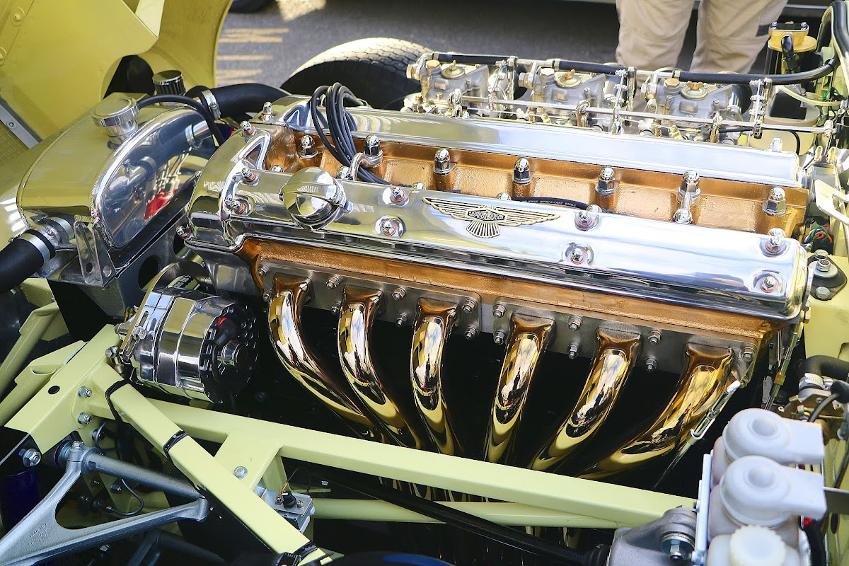 1964 Jaguar E-Type 3.8 Engine Bay 6.jpg