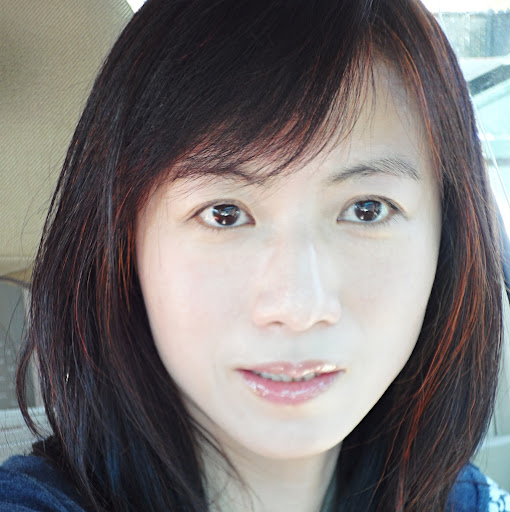 Betty Chow Photo 20