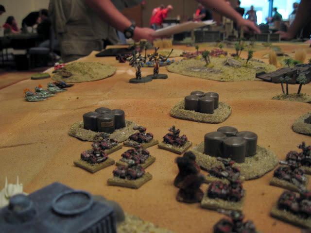 Berzerkmonkey's Orks face off against Floppy's Eldar.