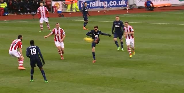 Mata, Stoke City - Manchester United