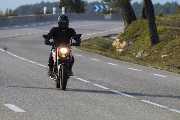 Perhatikan Beli Helm Berstandar SNI Yang Asli Agar Aman dari Razia Motor