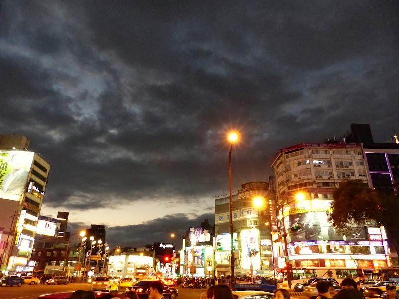 Taipei Zhong Shan Hall et Ximending - P1020759.JPG
