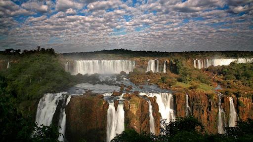 Iguazu Falls, Brazil-Argentina Border.jpg