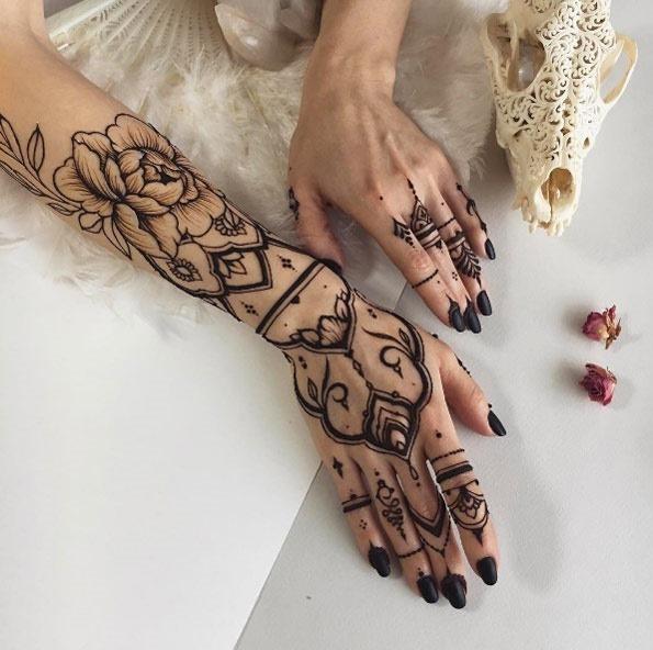 este_design_henna