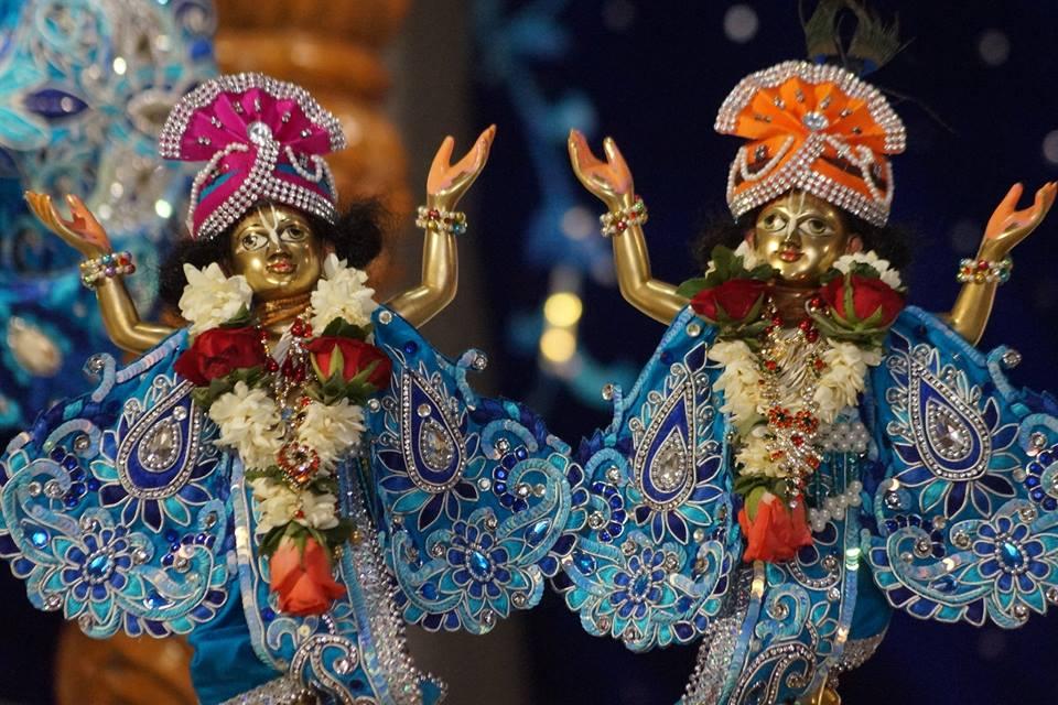 ISKCON Noida Deity Darshan 11 May 2016 (6)