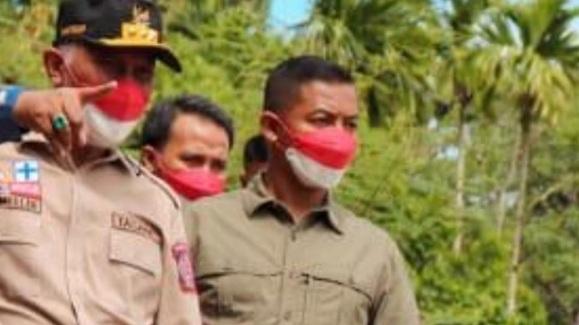 Ajudan Gubernur Coba  Halang-halangi Wartawan Konfirmasi Surat Sumbangan Bertanda Tangan Mahyeldi