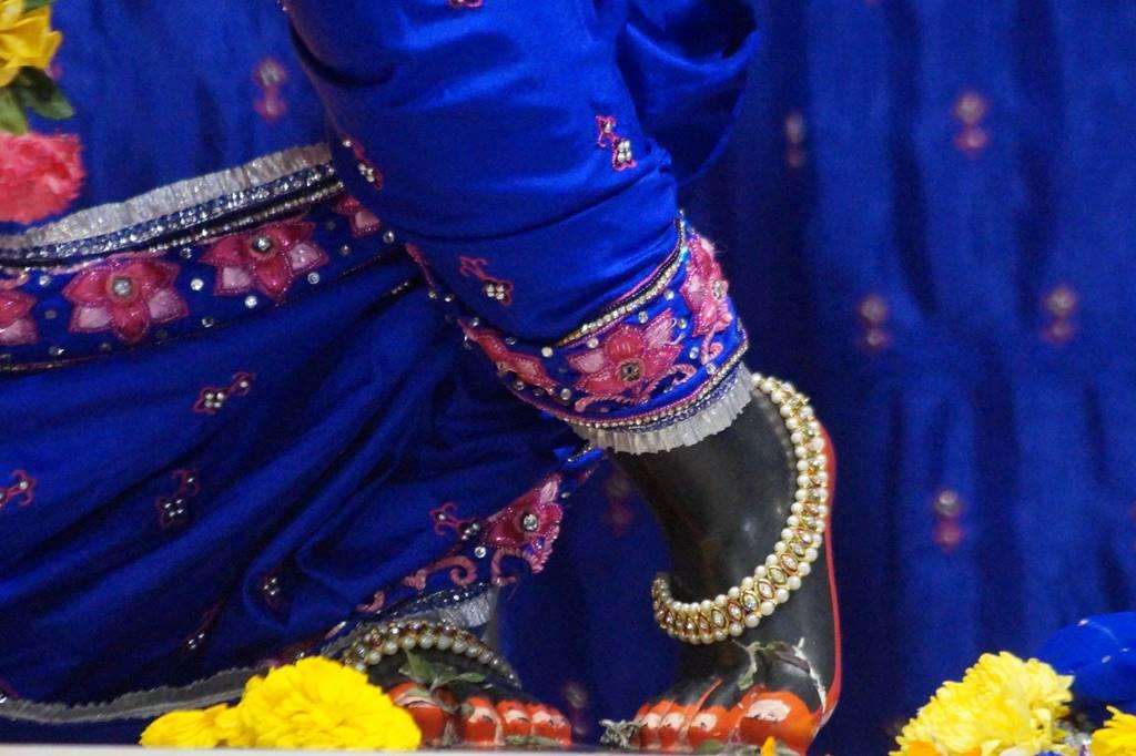 ISKCON Noida Deity Darshan 03 Feb 2016 (4)