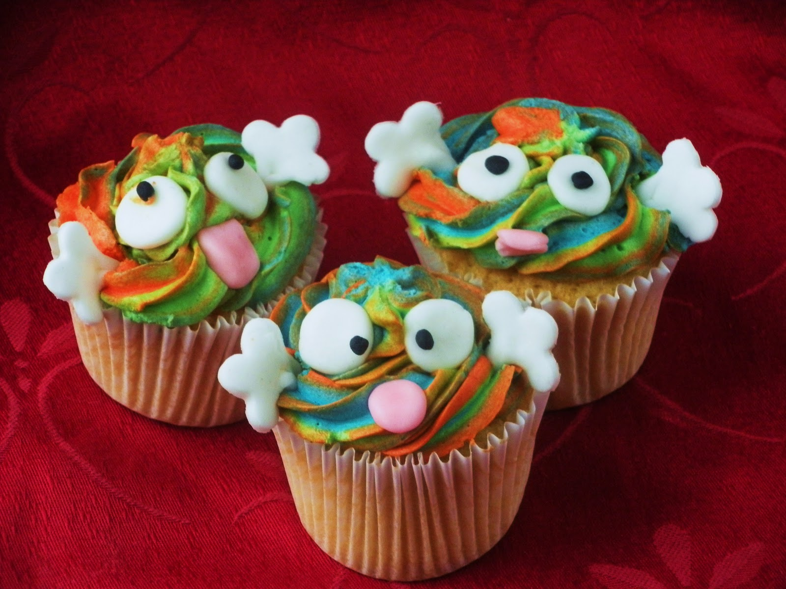 Creative cupcake decorating ideas for everyone for Creative cupcake recipes and decorating ideas