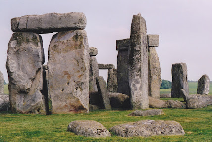 Stonehenge the Artist