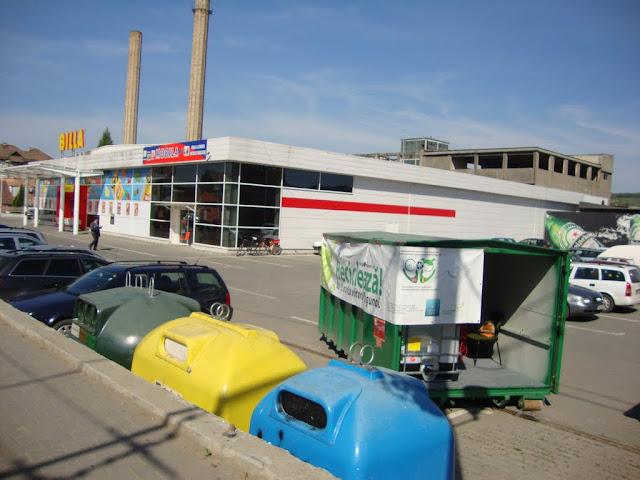Prima campanie de colectare a deseurilor periculoase si a DEEEurilor - mai 2011 - DSC09629.JPG