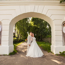 Wedding photographer Evgeniy Bulychev (respekt). Photo of 12.08.2017