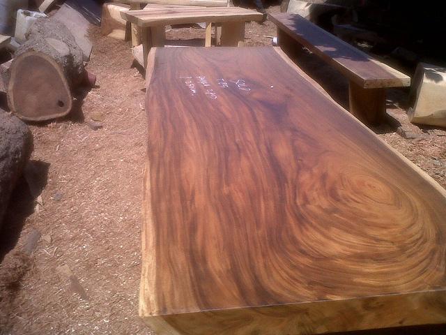 Cozy Monkey Pod Wood Table Flickr Photo Sharing