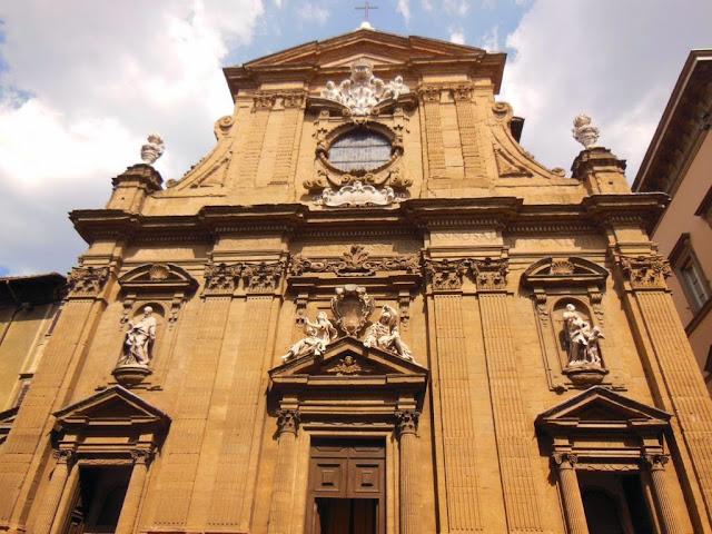 Fachada iglesia de Santi Michele e Gaetano