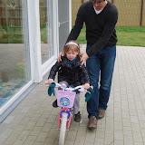 Fietsen zonder wieletjes zie ik nog niet zo zitten. ;-)