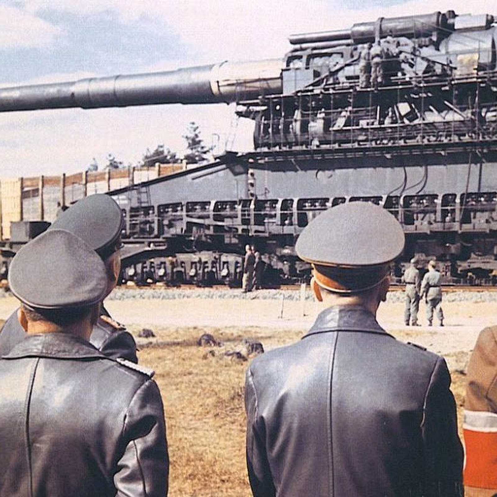 Schwerer Gustav: The World's Biggest Gun Ever Built