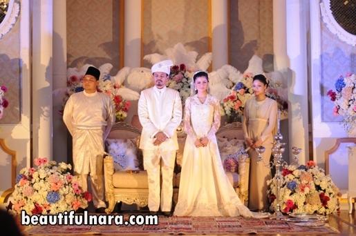Gambar perkahwinan Lisa Surihani dan Yusry