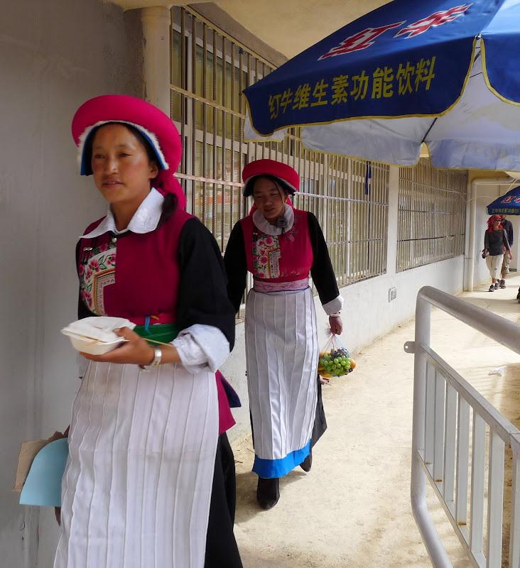 Chine. Yunnan.Shangri la Course hippique annuelle - P1250680.JPG