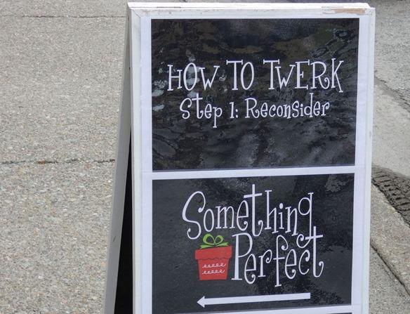 Twerk Sign