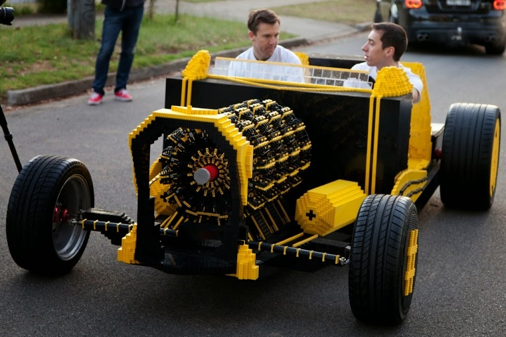 Super Awesome Micro Project Lego Car 06