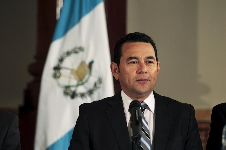 Guatemalan president tells Trump: 'Let us build the wall'