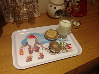 Mince Pie, Milk and Mushroom for Father Christmas