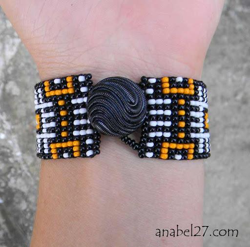 яркие браслеты из бисера Anabel