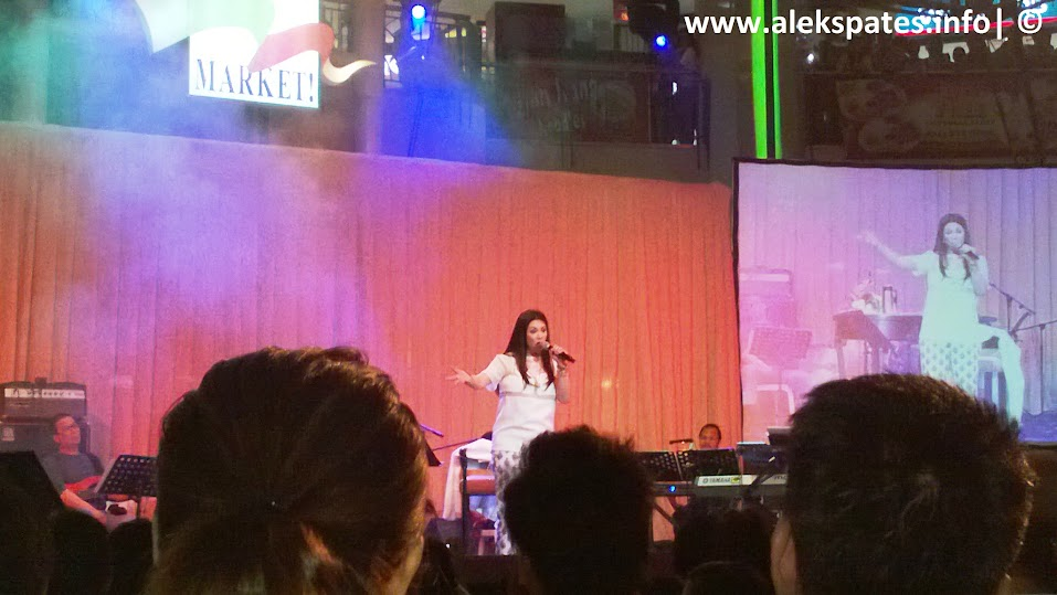 Regine Velasquez-Alcasid, Regine Velasquez, Asia's Songbird, Asia's Songbird Mini Concert at Market Market May 18 2013, Asia's Songbird Mini Concert at Market Market, Ako'y Iyong-Iyo (from her album Covers Volume 1), Tuwing Umuulan (from her Kailangan Ko'y Ikaw OST album), You Don't Know and True Romance (from her album Fantasy), Catch My Breath (as popularized by Kelly Clarkson), The Only Exception (as popularized by Paramore), Diamonds (as popularized by Rihanna), Clouds Across The Moon (from her album Low Key), and Adele Medley, Regine Velasquez Vocal Condition 2013