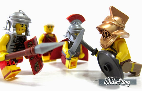 LEGO Minifigures Series 10 Roman Commander