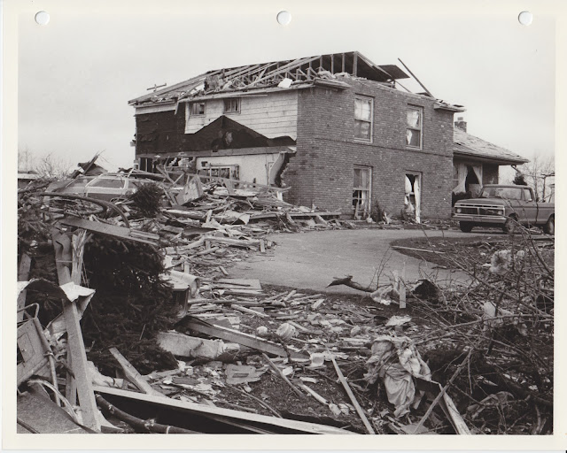 1976 Tornado photos collection - 48.tif