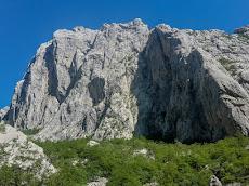 Massive wall of Anika Kuk