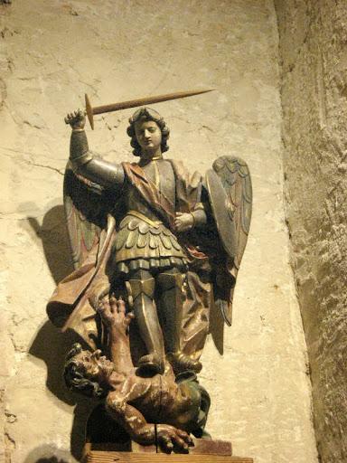 Talla de San Miguel en Sotosalbos