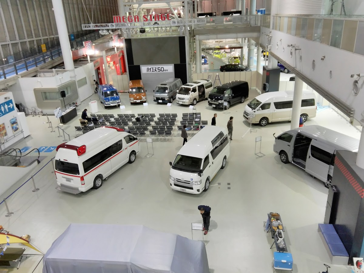 Google review of Megaweb Toyota City Showcase by 駒宮泰春