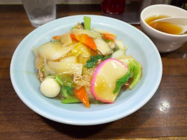 横浜駅龍味の中華丼