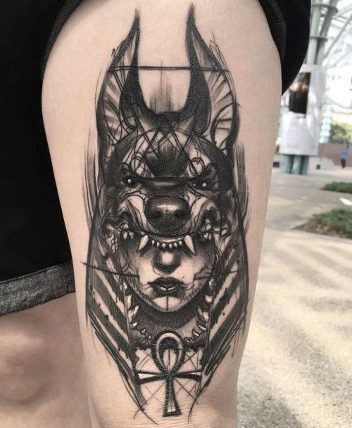 este_incrvel_xam_senhora_da_tatuagem